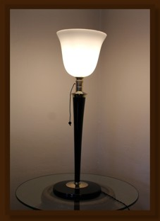 Leuchte_Original_Mazda_Holz-Messing